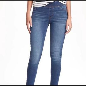 NWT Old Navy Mid-Rise Rockstar Jeggings